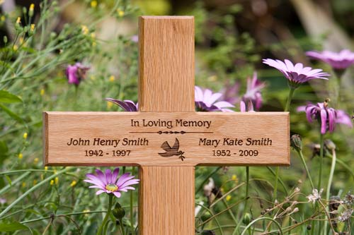Wooden Memorial Crosses with Text Engraved ...